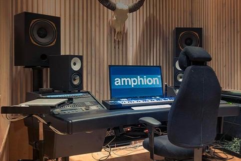 amphion_bottom_8.jpg