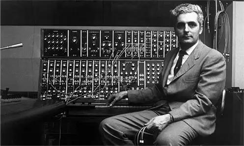 bob-moog-with-first-synth.jpg