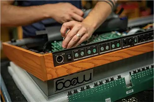 moog-synth-being-built.jpg