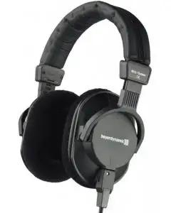 beyerdynamic DT 250 Closed-Back Studio and Broadcast Headphones - 250 Ohm
