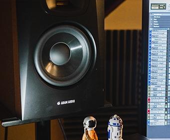 adam audio t5v monitors