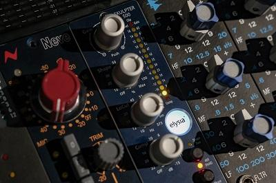 Adding Color And Warmth To Recordings With The Elysia Skulpter