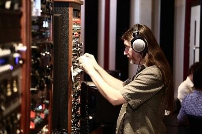 Vintage King's Annual Winter NAMM Open House Takes Over Los Angeles