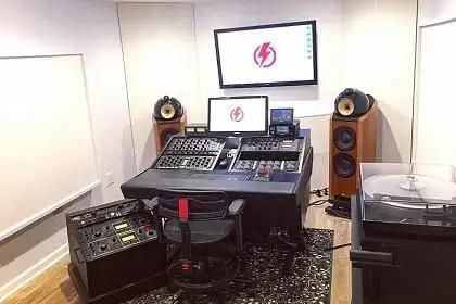Studio Spotlight: Tiny Thunder Audio