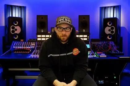 Vintage King Outfits Joey Raia's Hudson Electric Co. with Rupert Neve Designs 5088 Console