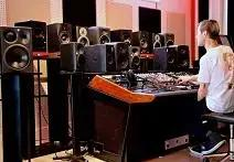 Vintage King Staff Talks About Their Favorite Monitors