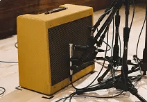Choosing Microphones For Recording Electric Guitars