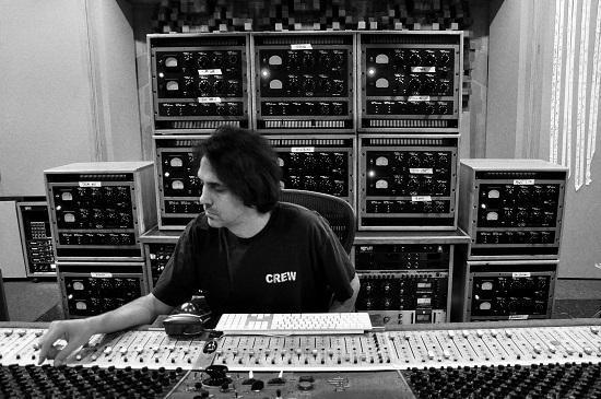 Eric Valentine And UnderTone Audio Come To Vintage King Nashville