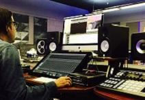 Big Sean And Vintage King Bring Studio To Detroit High School