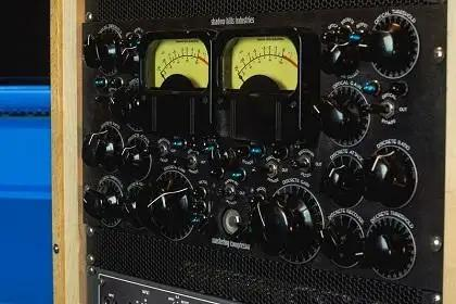 Every Way To Save On Outboard Gear During Vintage King's Black Friday Sale