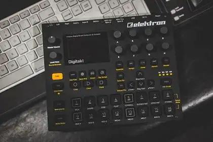Get A Free Gig Bag With Elektron Digitakt And Digitone