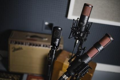The Best Deals On Microphones During Vintage King's Black Friday Sale