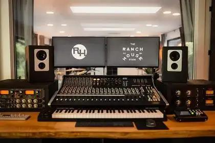 Vintage King Outfits The Ranch House With SSL XL Desk & More