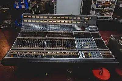 Vintage King Restores Neve 8058 To Its Former Glory
