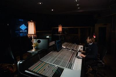 The Road To Vinyl Rolls Onto Mixing In Part Two