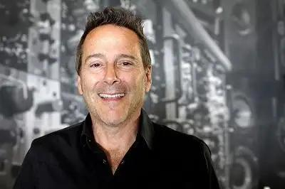 20 Questions With Vintage King Co-Founder And CEO Mike Nehra